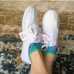 Merona basic white flat tennis shoes tie